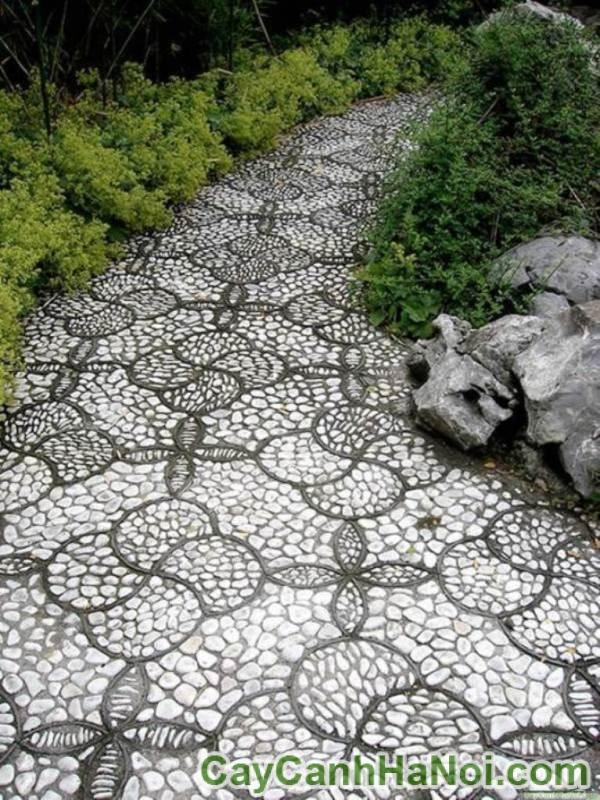 Ngỡ ngàng những bức tường nghệ thuật làm từ sỏi và đá cuội