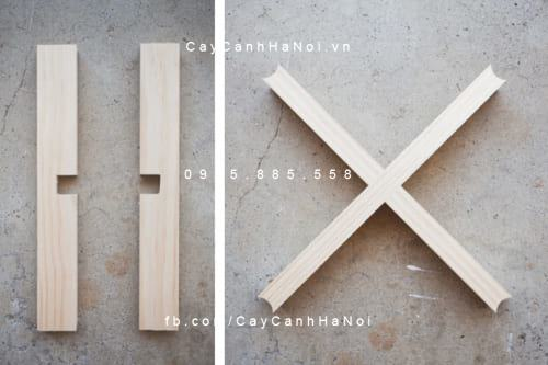 Hai thanh nẹp chéo ghép thành hình chữ thập